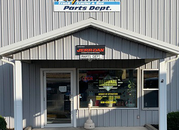 Regional-Truck-and-Trailer-Geneva-NY-Parts-Department-Front-Entrance
